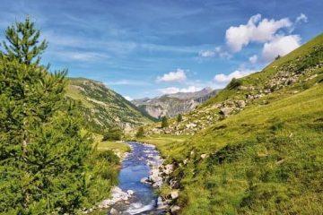paysage de montagne l'été